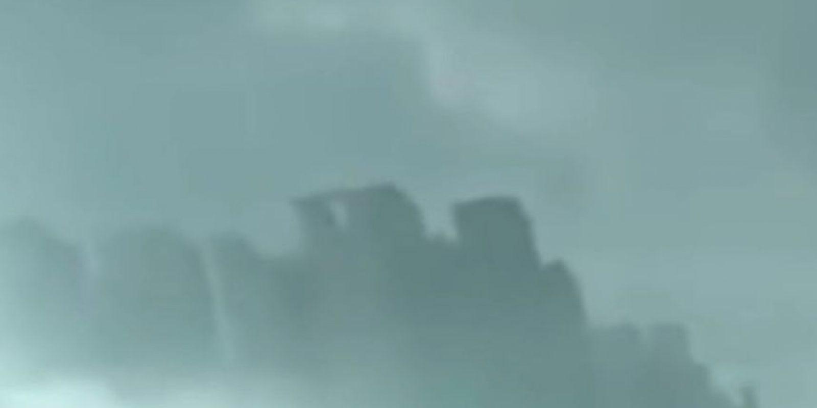 """4. """"Ciudad flotante en China"""" Foto:Youtube UFOSightings2010"""