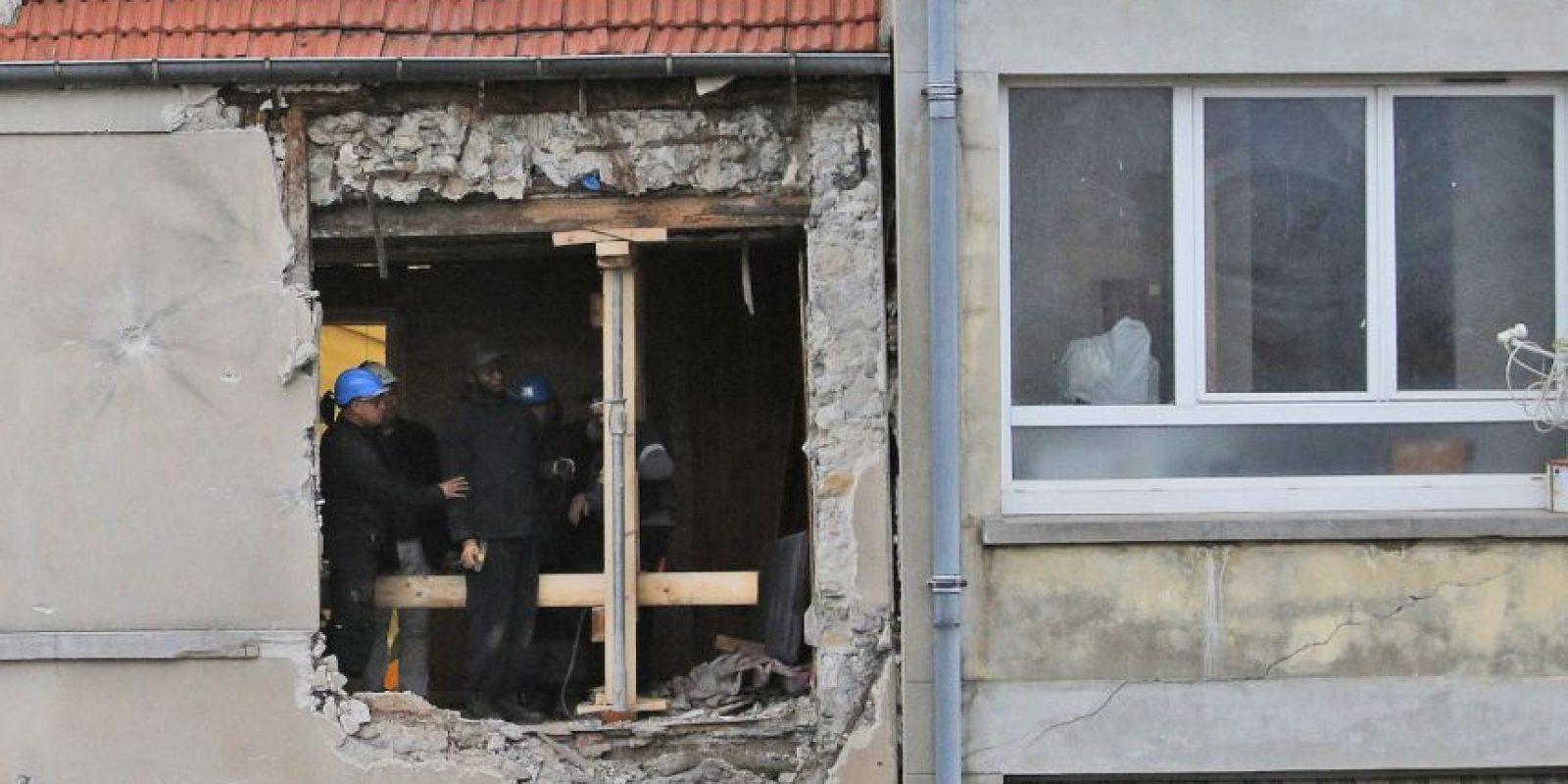 Así quedo la estructura tras la detonación de los explosivos de Hasna Aitboulahcen. Foto:AP