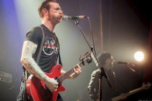 Por su parte la banda suspendió todas sus presentaciones hasta nuevo aviso. Foto:Vía Facebook.com/manuwino