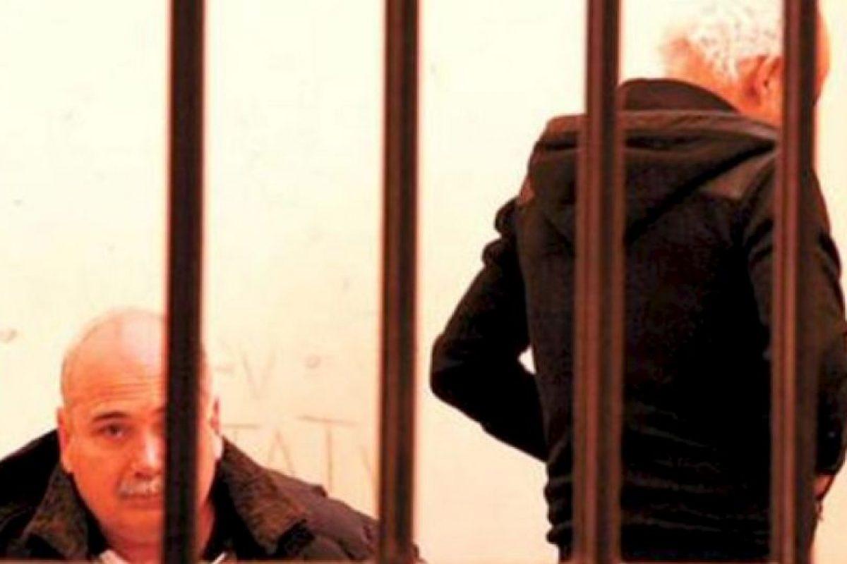 Fue acusado de recibir 7.5 millones de euros en sobornos por el empresa Datisa, para hacerse de los derechos de transmisión de las competiciones de fútbol de la Conmebol, al igual que el resto de los directivos sudamericanos. Su arresto se dio en Bolivia el pasado 17 de julio gracias a la investigación iniciada por el FBI y podría pasar hasta 10 años en la cárcel. Foto:Getty Images