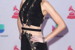 ¿Para qué usar un falso nude cuando puedes usar nude? El resultado no puede ser peor en este vestido de Daniela di Giacomo. Foto:vía Getty Images