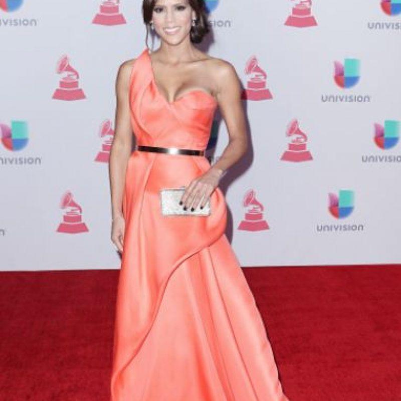 Francisca La Chapel, señorita Nuestra Belleza Latina 2015, con un vestido tan estereotípico. Es demasiado pequeño y la hace ver ultra musculosa. Foto:vía Getty Images