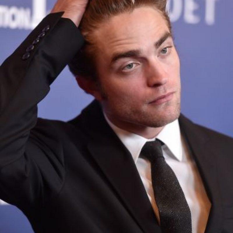 """El actor se convirtió en uno de los galanes de moda, pero su popularidad lo estaba """"enloqueciendo"""". Foto:Getty Images"""