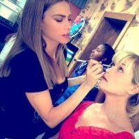 Sofía recibió muchas propuestas de maquillaje y zapatos. Foto:Instagram/sofiavergara