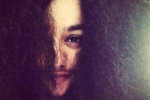"""Kaur mencionó este año en el programa """"This Morning"""" de ITV que fue duro aceptar su aspecto físico luego de ser diagnosticada con el Síndrome de ovario poliquístico. Foto:Vía Instagram: @harnaamkaur"""