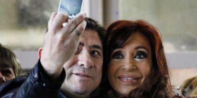 Incluso, tuvo un momento para tomarse un selfie Foto:AFP