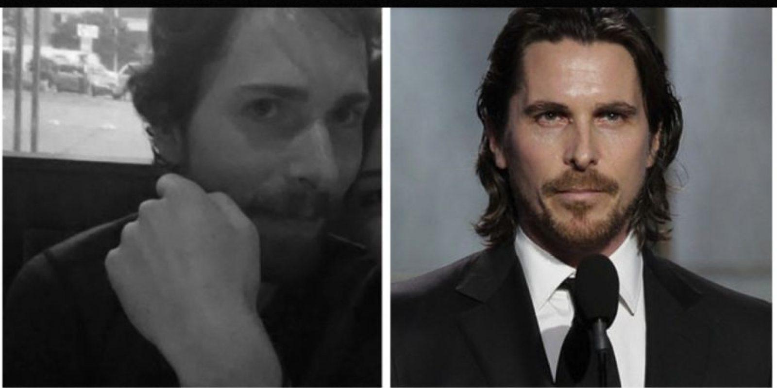 Igual a Christian Bale Foto:Reddit/Getty