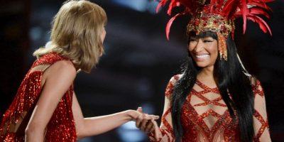 Tras aclarar el mal entendido, ambas cantantes compartieron el escenario de los VMAs 2015. Foto:Getty Images