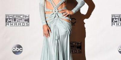 Estos son los 10 provocativos vestidos que Jennifer López lució en los AMAs 2015