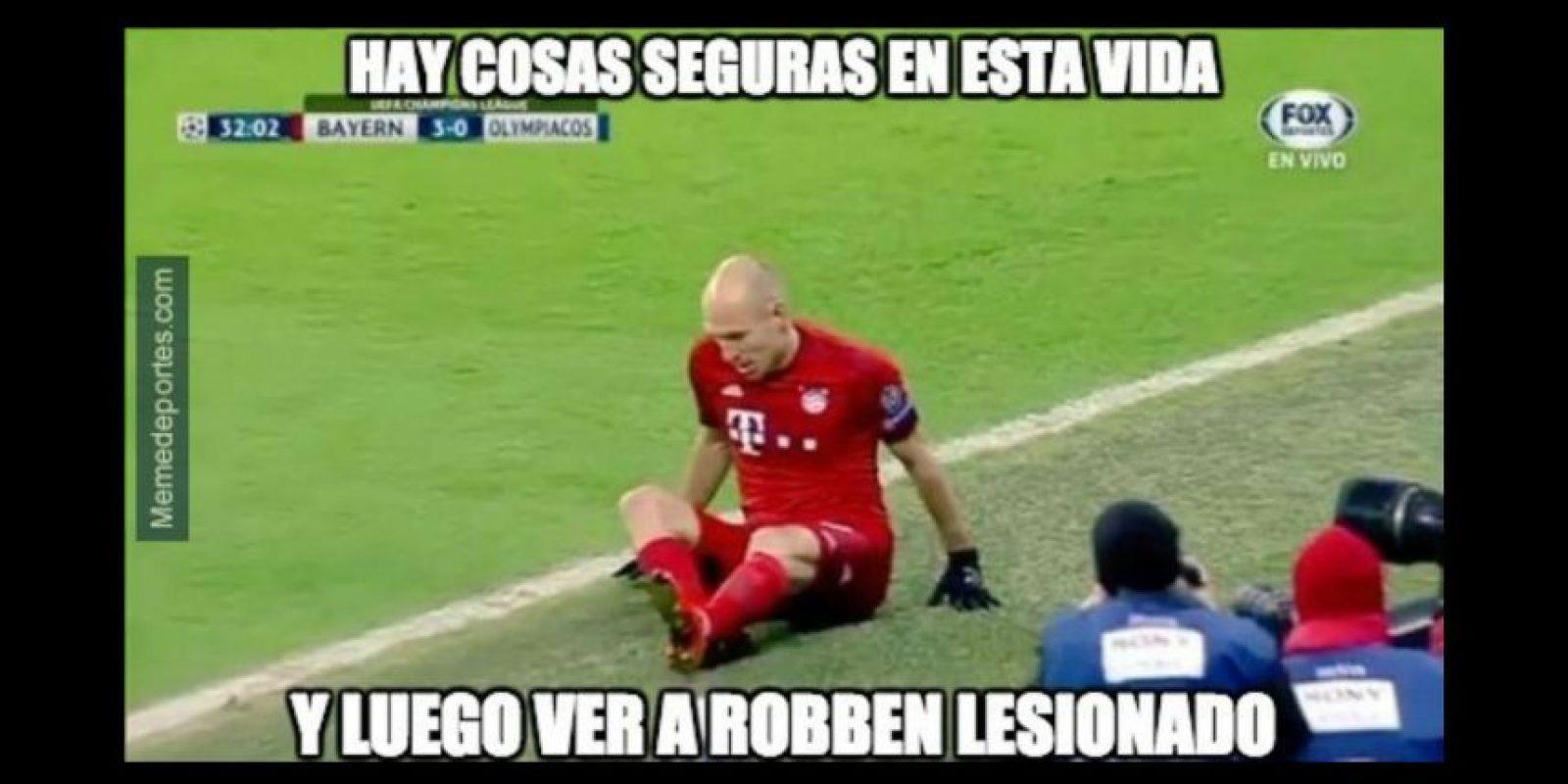 Arjen Robben se volvió a lesionar. Foto:memedeportes.com