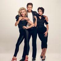 Julianne Hough, Aaron Tveit y Vanessa Hudgens Foto: Facebook/Grease