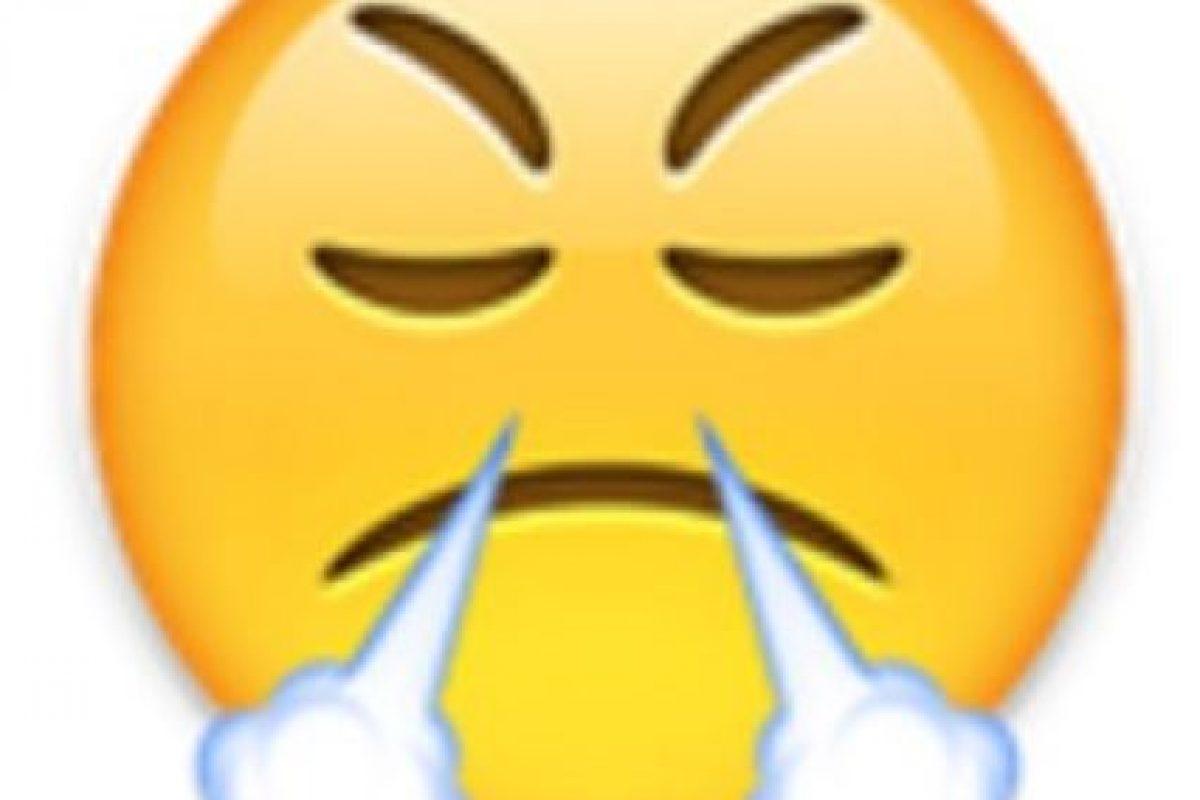 1- Utilizada comunmente para expresar enfado o frustración, en realidad es un rostro con mirada de triunfo. Foto:vía emojipedia.org