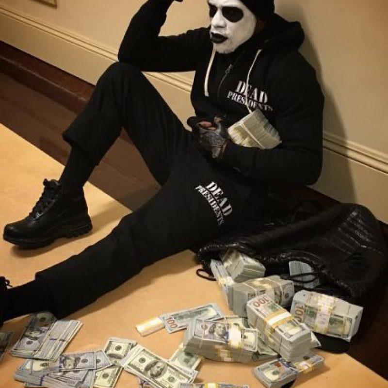 """A """"Money"""" le gusta presumir los millones de dólares que ha cosechado Foto:Vía instagram.com/floydmayweather"""