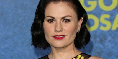El pelo oscuro, el maquillaje, los pómulos. Foto:vía Getty Images