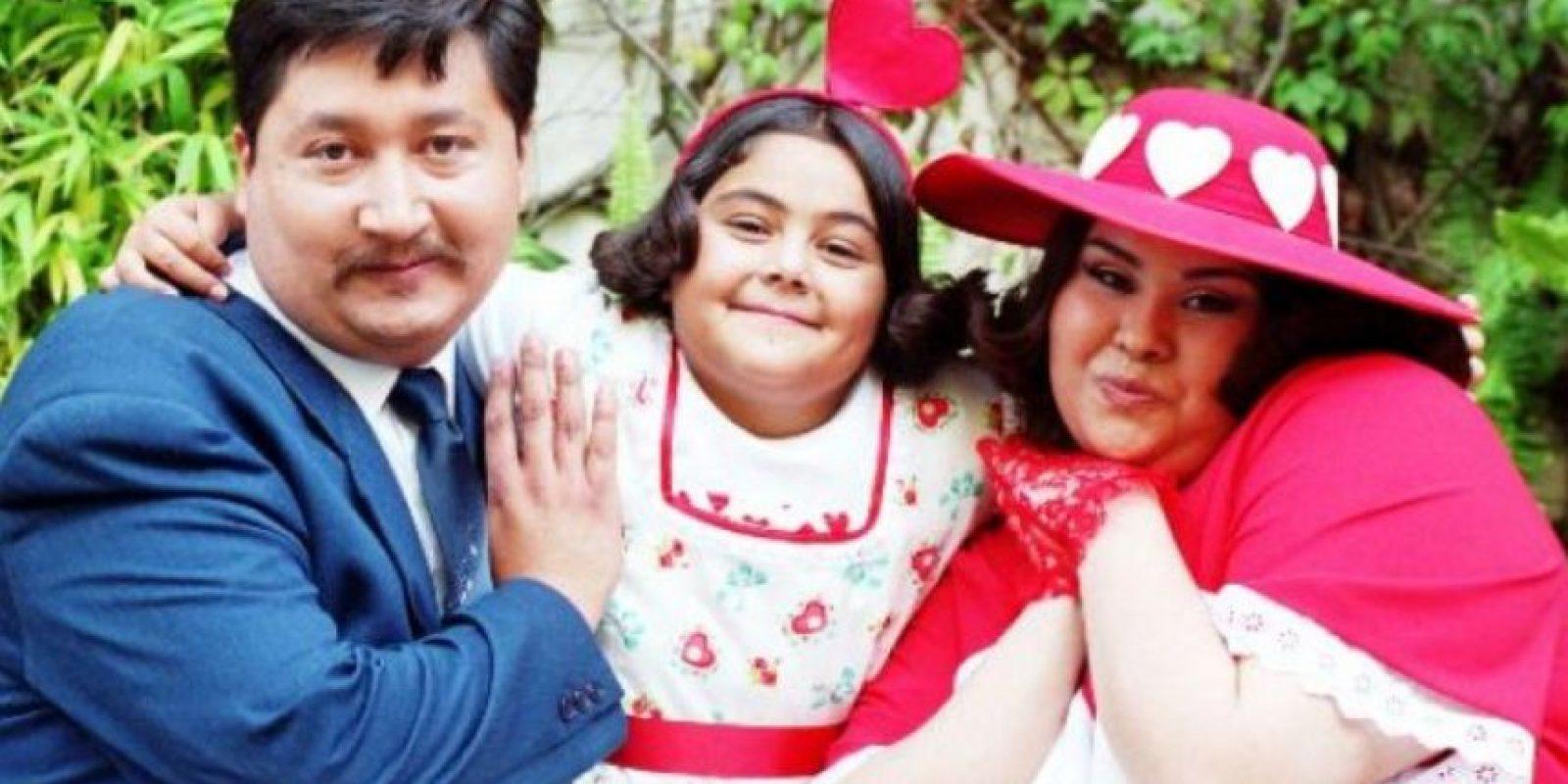 O de su familia, que tenía menos dignidad que nada. Foto:vía Canal de las Estrellas