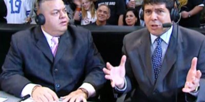 Hugo Savinovich y Carlos Cabrera fueron por muchos años las voces oficiales en español de la WWE Foto:WWE