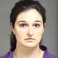 Stacy Schuler, profesora de gimnasia en Ohio fue declarado culpable de tener relaciones sexuales con cinco estudiantes. Foto:Warren County Jail