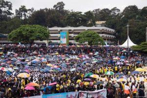 Este jueves ofreció una misa en la Universidad de Nairobi. Foto:AFP