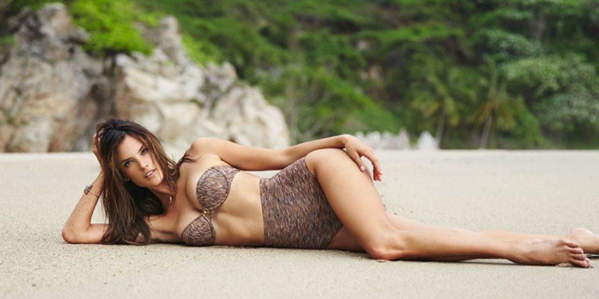 FOTOS. Catalogada como la empresaria más sexy se quita la ropa para demostrarlo