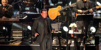 SEPTIEMBRE: Durante su show en Las Vegas, el cantante estaba más que preparado para entregarse a su público, pero al recinto solo llegaron el 60% de las personas. Foto:The Grosby Group