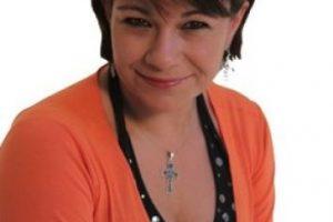 Rossy Aguirre prestó su voz a este personaje de vestido verde. Foto:vía twitter.com/rossyaguirredob
