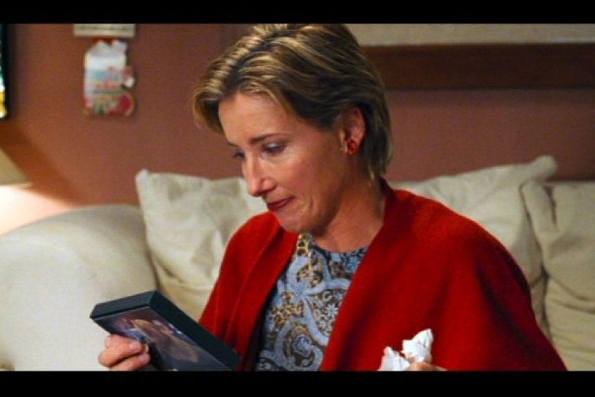 Emma Thompson le dio vida a una mujer que fue engañada Foto:Universal Pictures