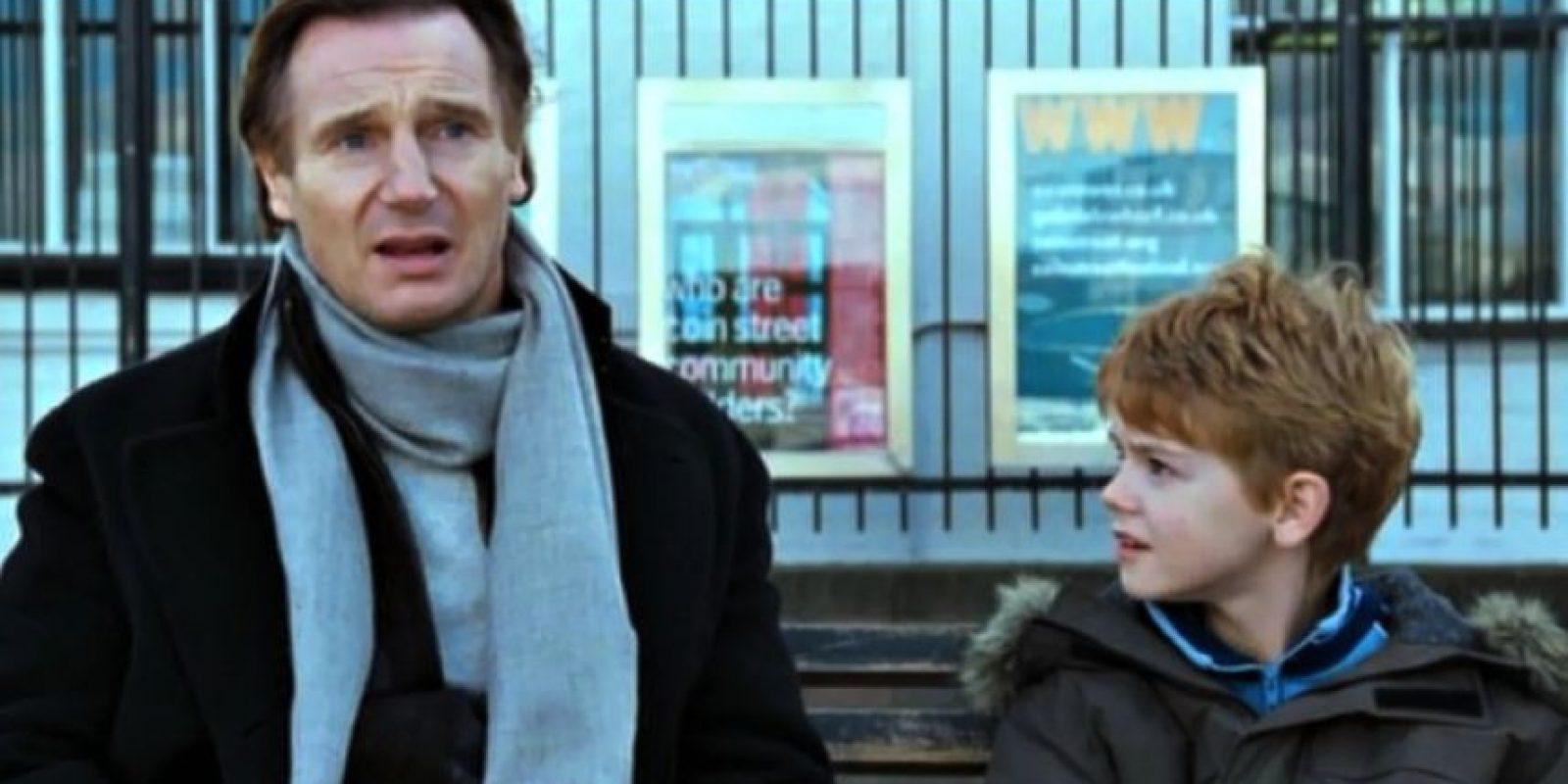 Liam Neeson le dio vida a un padrastro viudo. Foto:Universal Pictures