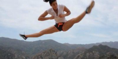 A través de las redes sociales ha desmostrado sus habilidades en las artes marciales. Foto:vía youtube.com