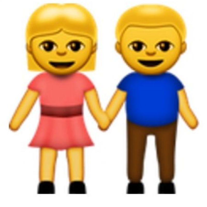 Pareja de hombre y mujer. Foto:vía emojipedia.org