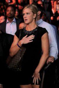 """Holly Holm desconoció a Beyonce en la llamada """"Pelea del Año"""" Foto:Getty Images"""
