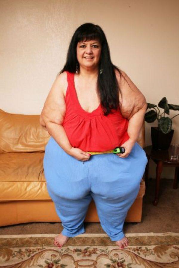 Desde ahí, la madre de cuatro hijos comenzó con dieta estricta. Foto:vía Barcroft Media