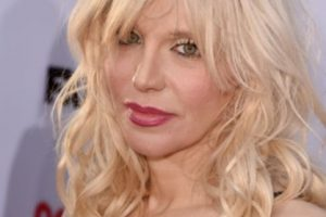 Courtney Love, luego de Kurt Cobain, tuvo una serie de novios, entre los que se contó Edward Norton. Foto:vía Getty Images