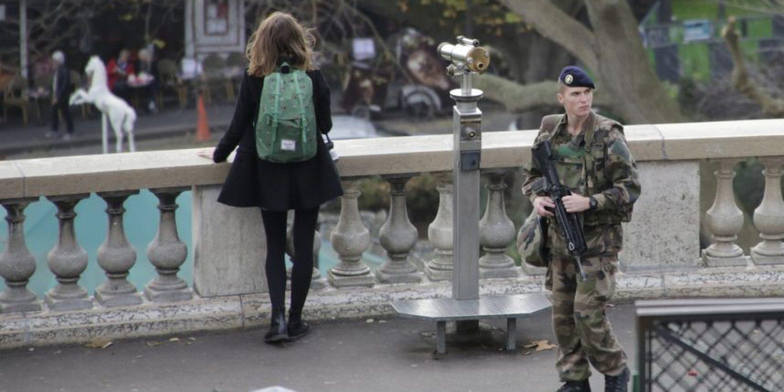 La Policía aún busca a uno de los terroristas. Foto:AP