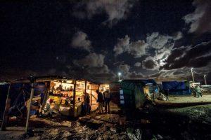 Migrantes y refugiados en Calais, Francia. Foto:AFP