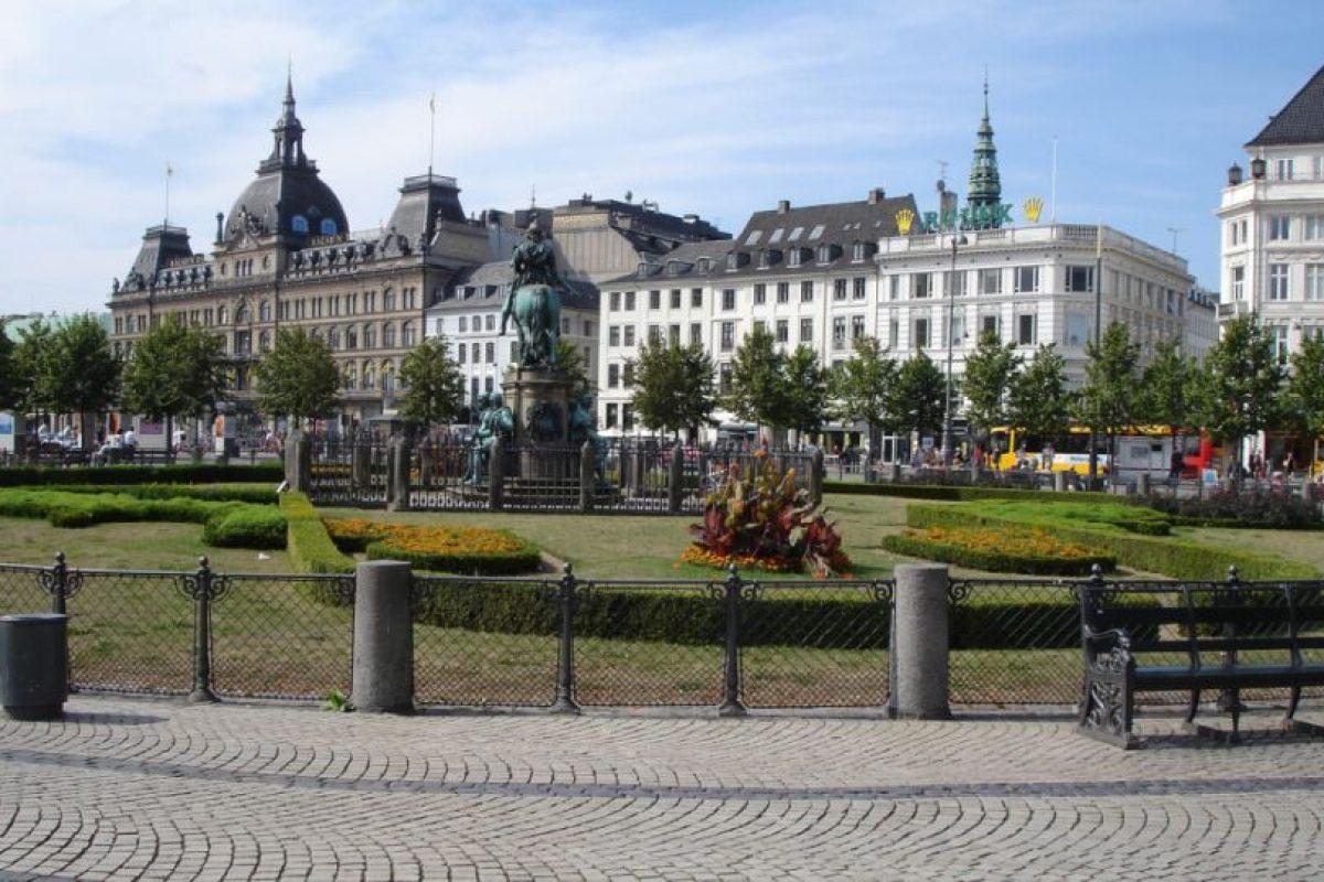 6. Dinamarca. La población tiene que pagar 89 dólares e invertir tres horas de trabajo. Foto:Vía Flickr