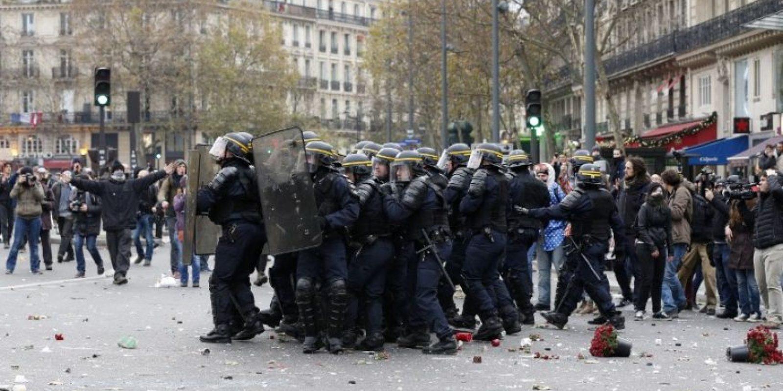 """En la cual, se colocaron los miles de zapatos a manera de protesta """"por todos los que no pudieron estar"""". Foto:AFP"""