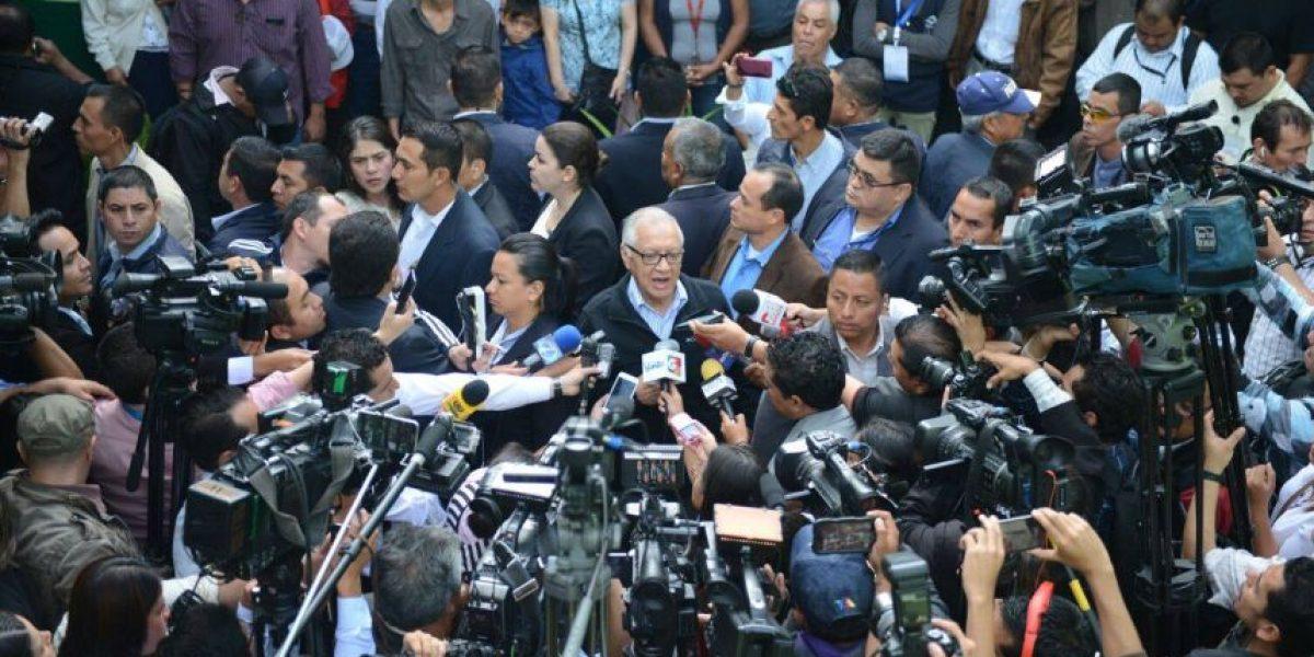 Presidente Maldonado se anticipa y con este tuit saluda a los periodistas