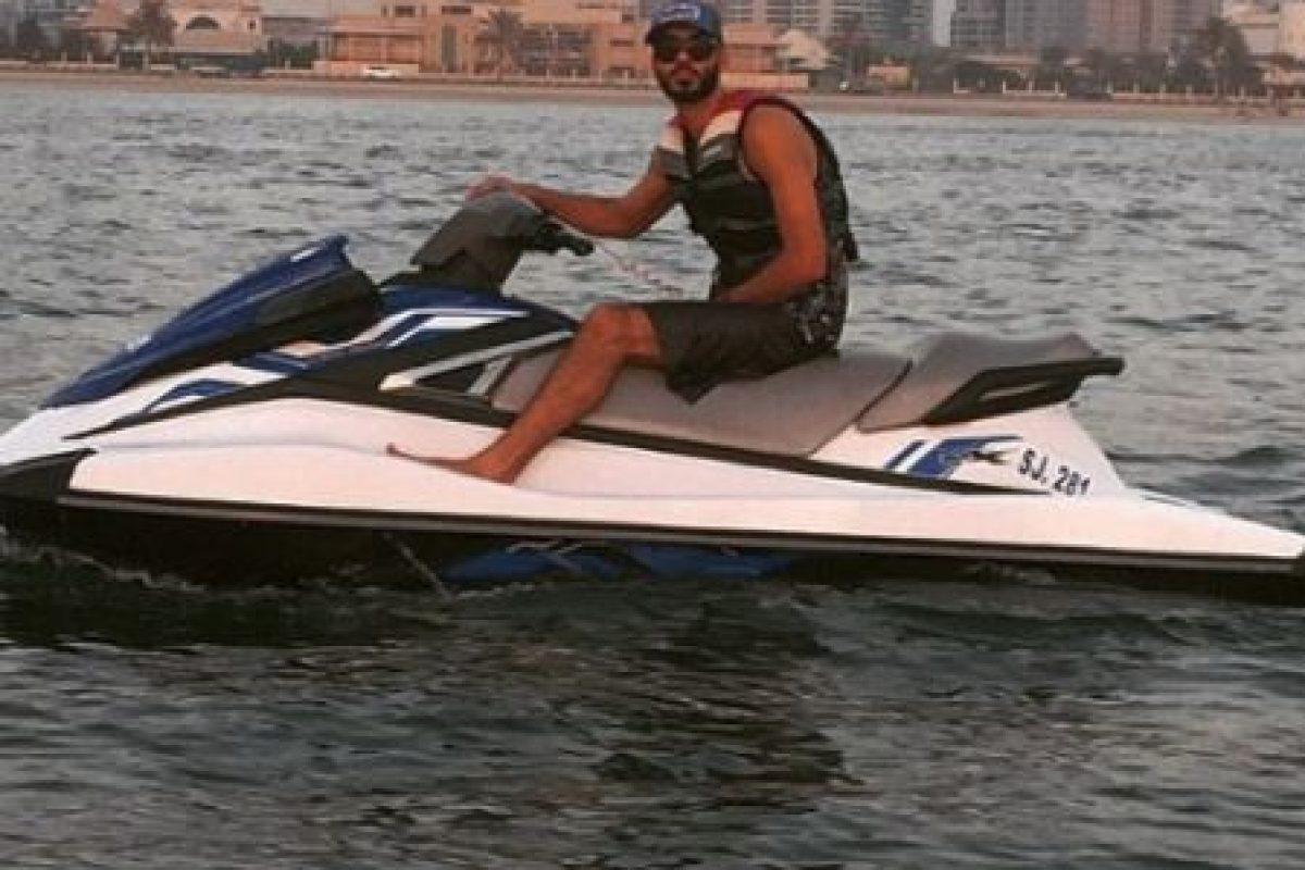 """Por su parte, Omar es un modelo, mejor conocido como """"el hombre más guapo del mundo"""". Foto:vía instagram.com/omarborkan"""