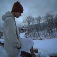 El cantante se encuentra en un hermoso lugar donde abunda la nieve. Foto:Instagram/justinbieber