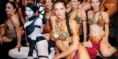 Star Wars. ¿Quién viste al traje de la princesa Leia de la manera más sexy?