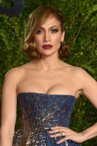 Antes de salir a convivir con sus fans en el Bronx, Nueva York, el pasado mes de junio, la actriz se quitó un lujoso reloj por miedo a que sus fans se lo robaran. Foto:Getty Images