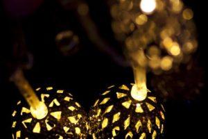 Para mostrar su invención las usó en la fiesta de Yule. Foto:Wikicommons