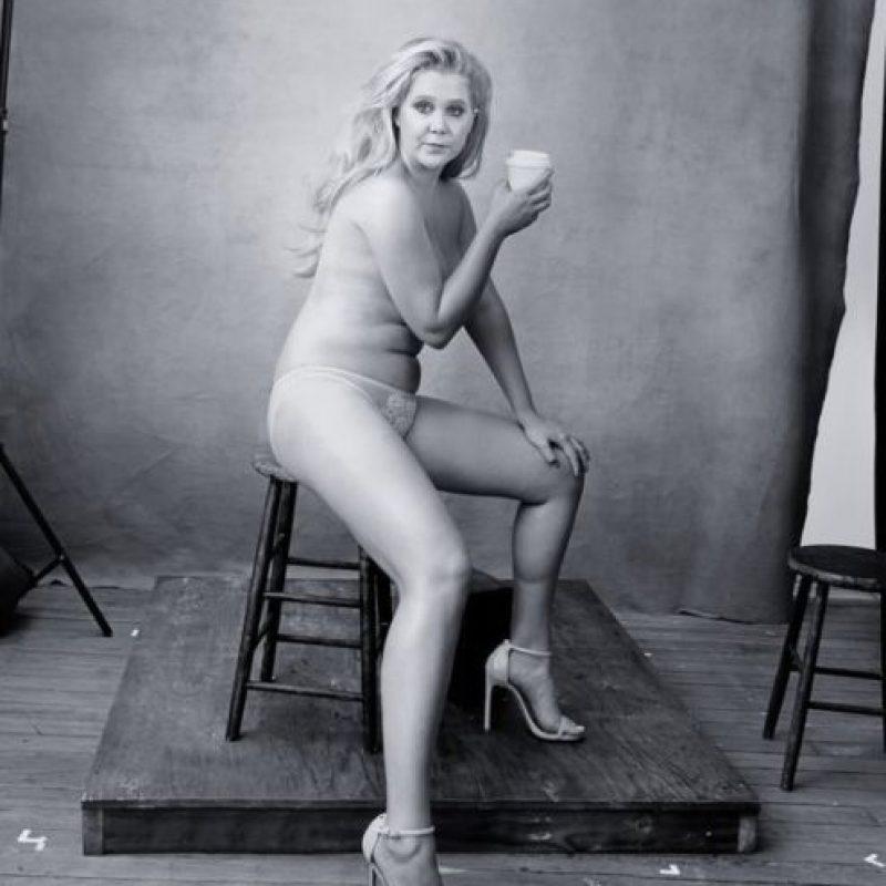 """Amy Schumer y sus medidas """"imperfectas"""". Foto:vía Pirelli"""