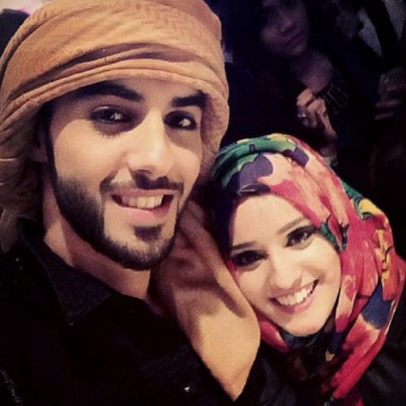 7. En esta ocasión mostró una selfie que se tomó con una fan, de la cual mencionó que tenía hermosa sonrisa. Foto:Vía Instagram/omarborkan