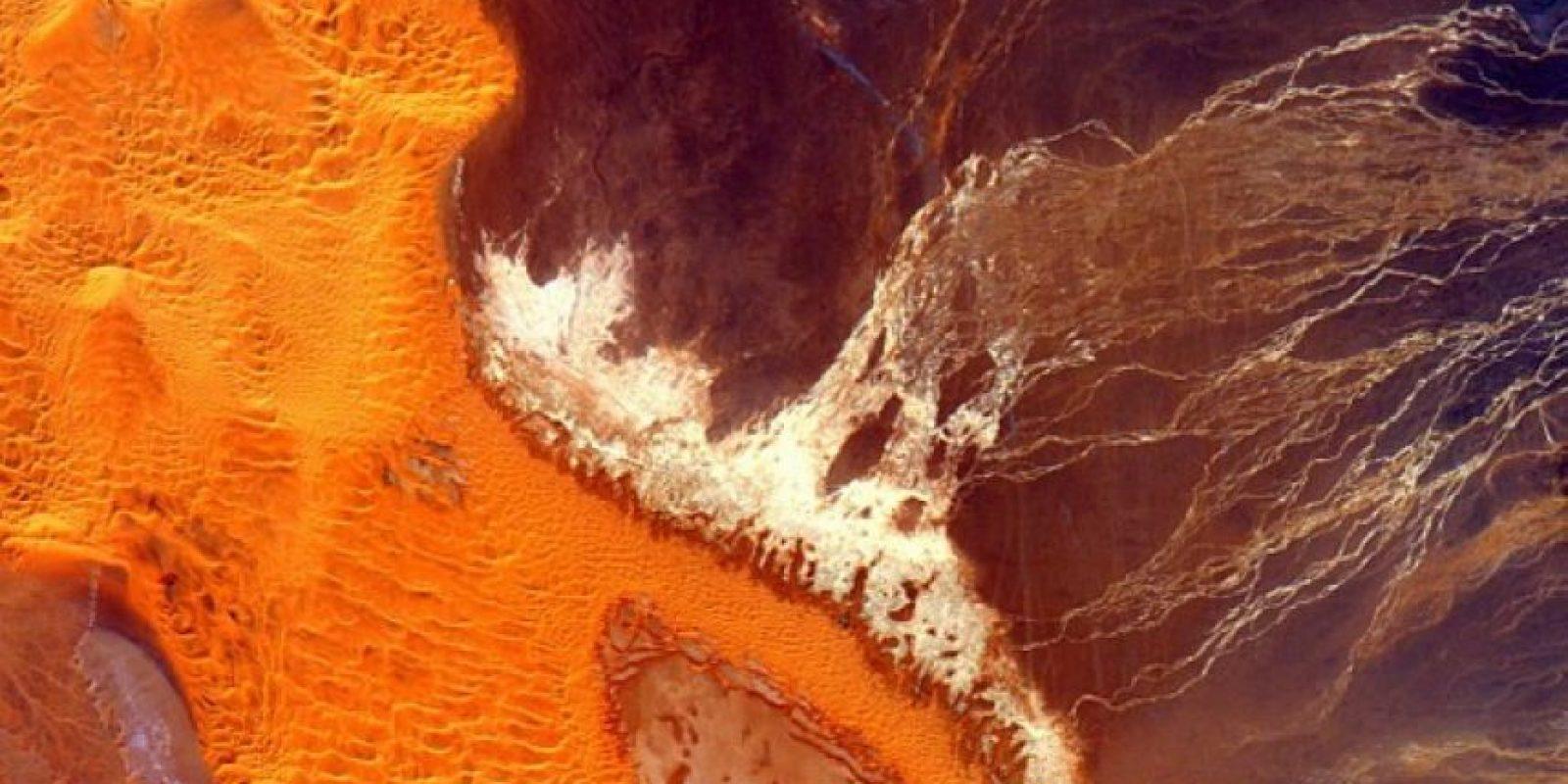 Desierto del Sahara Foto:Vía instagram.com/stationcdrkelly