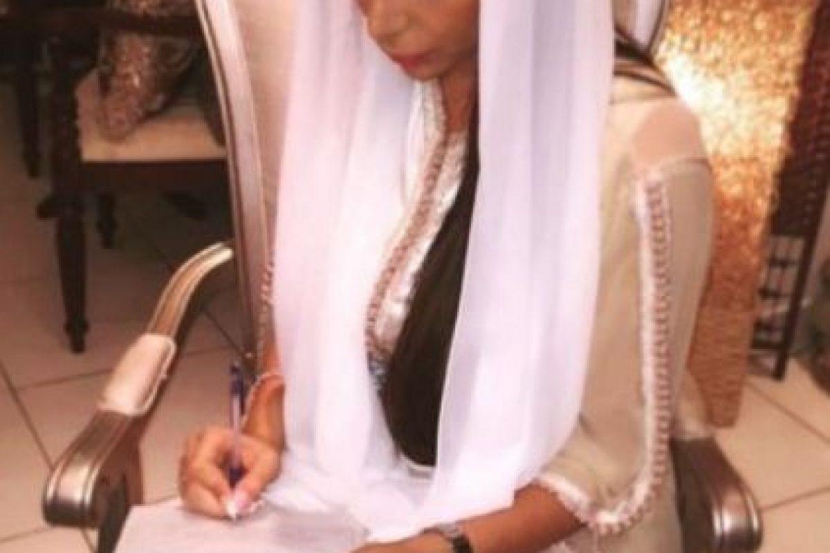 Algunos no están de acuerdo en que ella sea la pareja de Omar. Foto:Vía Instagram/Yasmin.Jaz