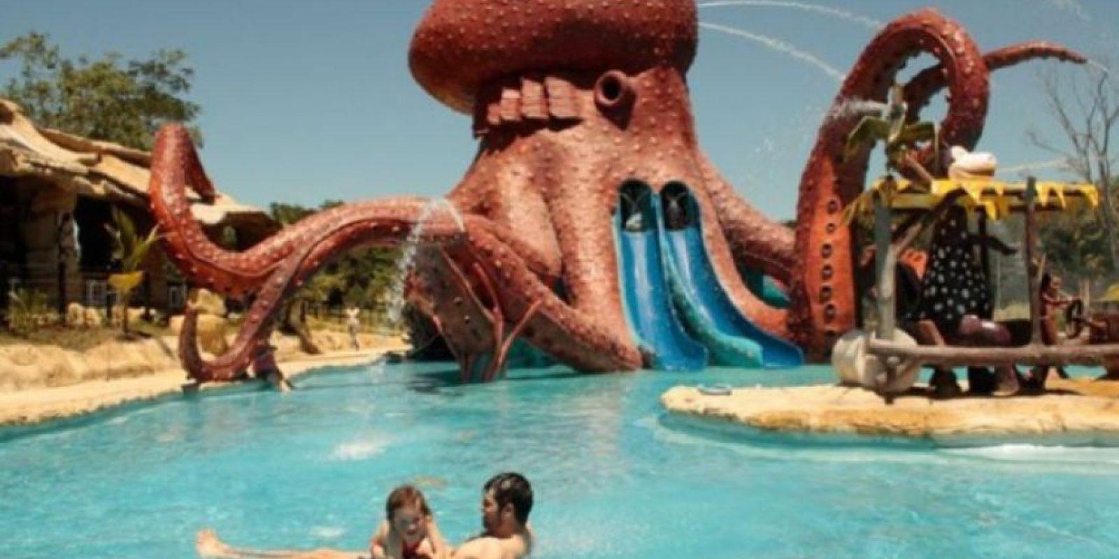 La exhacienda fue convertida en un parque de diversiones. Foto:Vía haciendanapoles.com