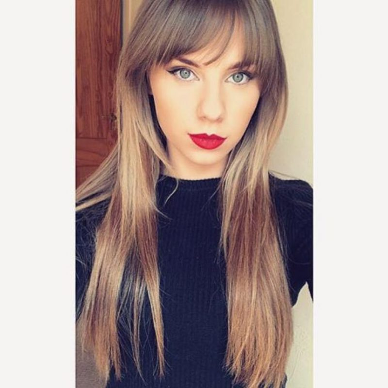 Rose Nicholas es una joven británica que cobra 500 euros por ir a fiestas vestidas como la diva del pop. Foto:Especial