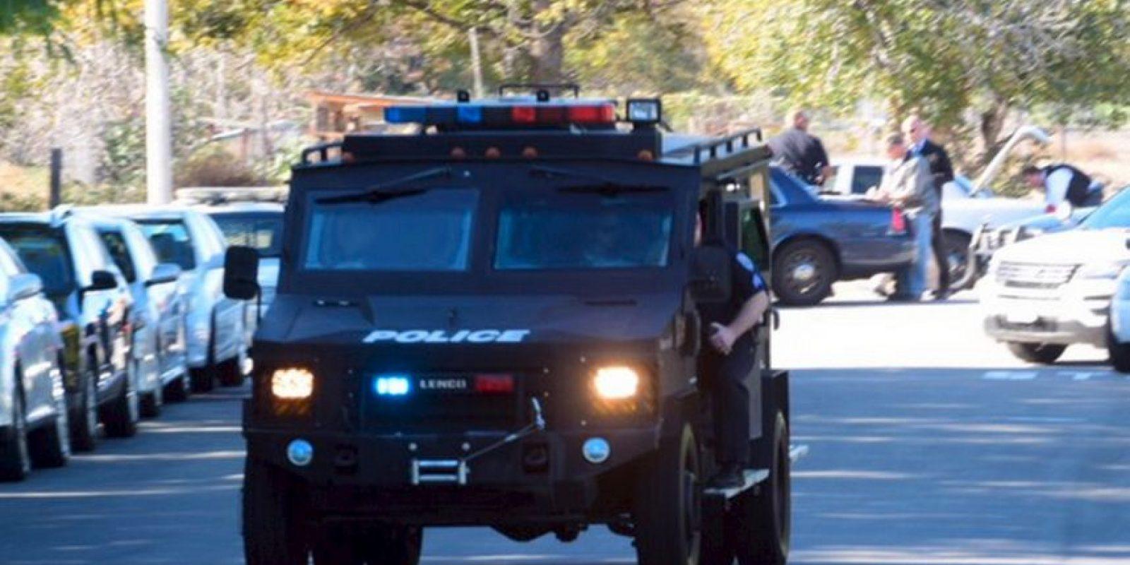 Agentes especiales se presentaron en el lugar. Foto:AP