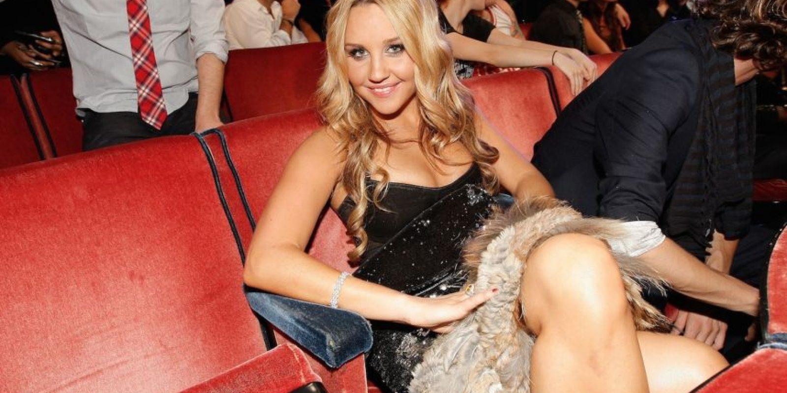 En septiembre de 2012, la actriz se encerró en el probador de una tienda de ropa durante dos horas, fue expulsada de un gimnasio por ponerse a hacer ejercicio medio desnuda y se encerró en el baño de una pastelería durante media hora. Foto:Getty Images